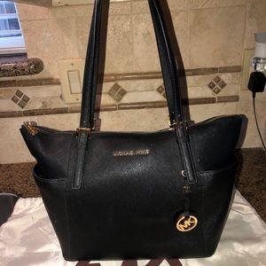 Used Michael Kors bag w/ wallet !